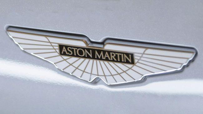 Aston Martin Logo mit Flügeln