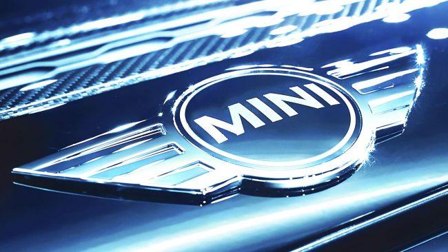MINI Logo mit Flügeln