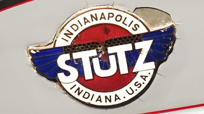 Stutz Logo mit Flügeln
